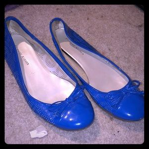 Etienne signer blue flats with perforated design